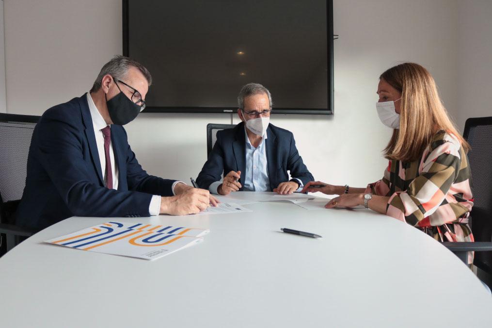 firma-convenios-Fundacion-del-Valle